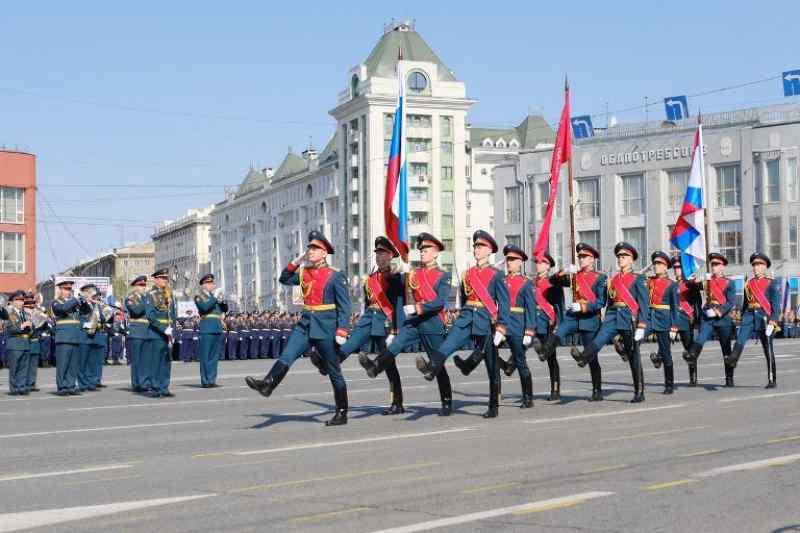 Фейерверк и парад Победы будут транслировать в Новосибирске
