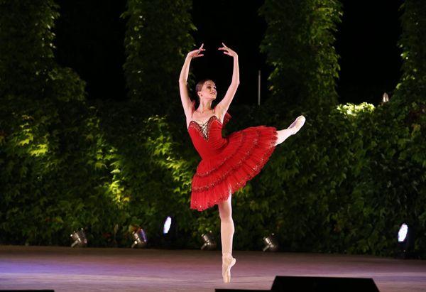 19-летняя сибирячка вошла в тройку лучших балерин мира
