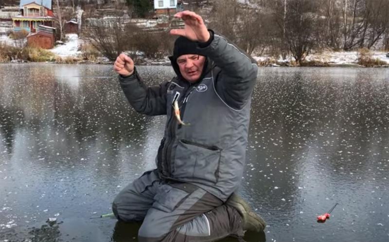 Рыбаки-безумцы из Новосибирска ползут на первый лёд