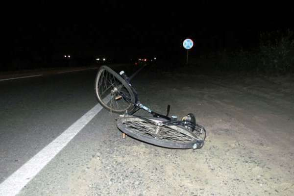 Водитель ВАЗа сбил насмерть велосипедиста в Кольцово, назначена доследственная проверка