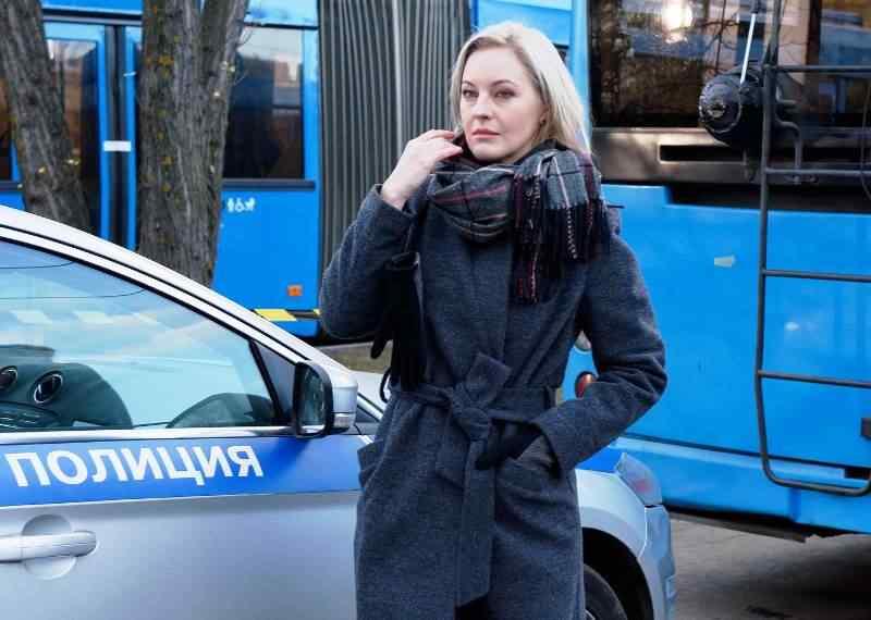 Яна Крайнова вышла охотиться на маньяка