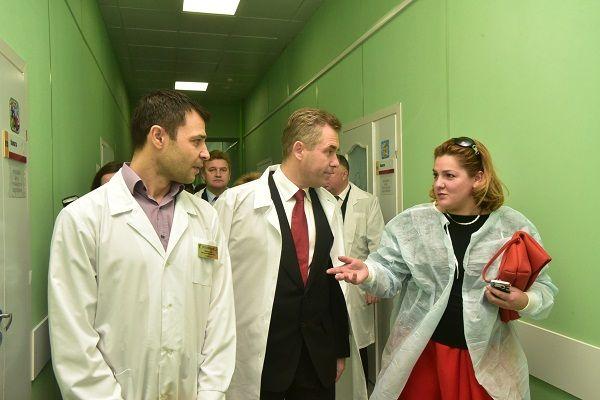 Пресс-служба Астахова не знает о наличии у него с 2010 года помощницы в Новосибирске