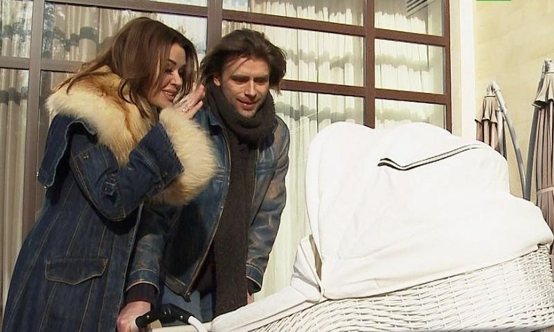 Анастасия Заворотнюк впервые покажет новорожденную дочь в телеэфире
