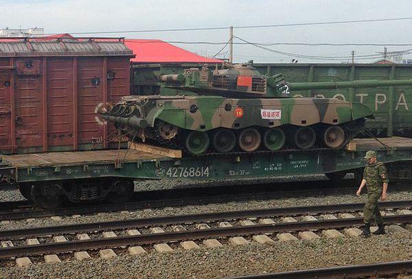 Колонна китайской военной техники «зашла» в Новосибирск с юга (фото)