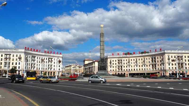 Допустить дипломатов к задержанным в Минске россиянам потребовал МИД