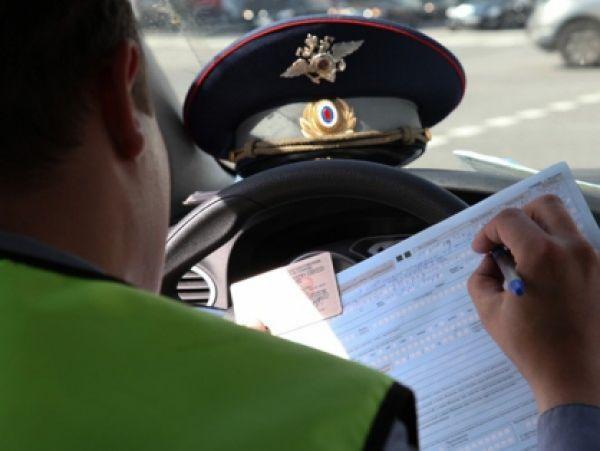 Разжившийся на две тысячи рублей новосибирский полицейский получил срок