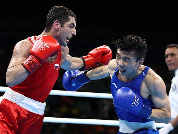 Дневник XXXI Олимпиады. Новосибирец Алоян всухую победил китайского боксера и вышел в финал