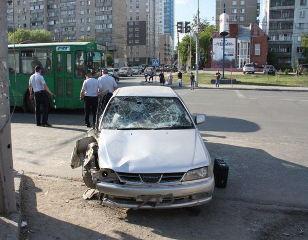 Сбивший троих детей и мужчину в центре Новосибирска водитель задержан