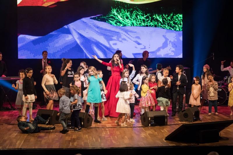 Зара выступила на сцене Katara Operа House в рамках Года культуры России и Катара