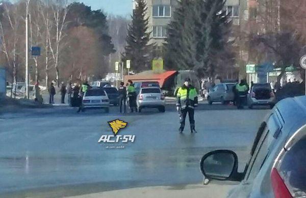 Дело водителя КамАЗа, сбившего двух школьников в Кольцово, направлено в суд