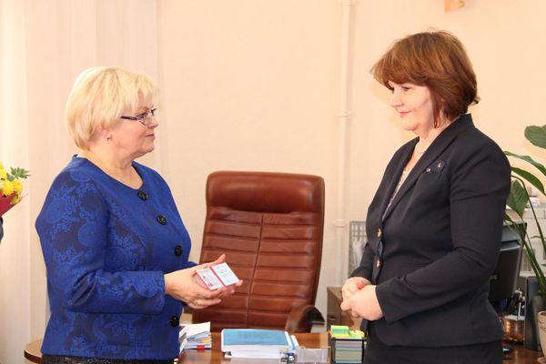 Члены избиркома Новосибирска заработали за прошлый год от 10 тысяч до 3,5 млн рублей