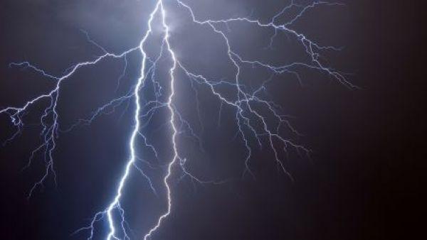 Молния убила молодого новосибирца во время грозы