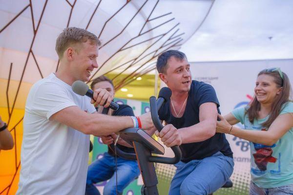 «Реальный пацан» Антон Богданов помог детям с диагнозом ДЦП в Новосибирске
