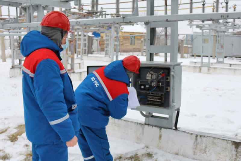 Обслуживанием подстанционного оборудования АО «РЭС» занимается высококвалифицированный персонал