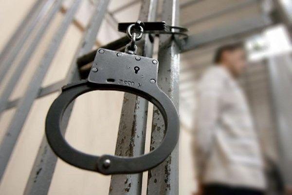 Разбойник переломал женщине все кости и бросил на трассе под Новосибирском из-за 1200 рублей
