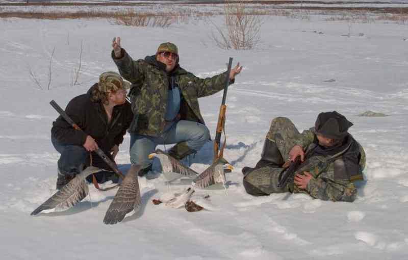 Охотник случайно застрелил друга при выгоне зверя из леса