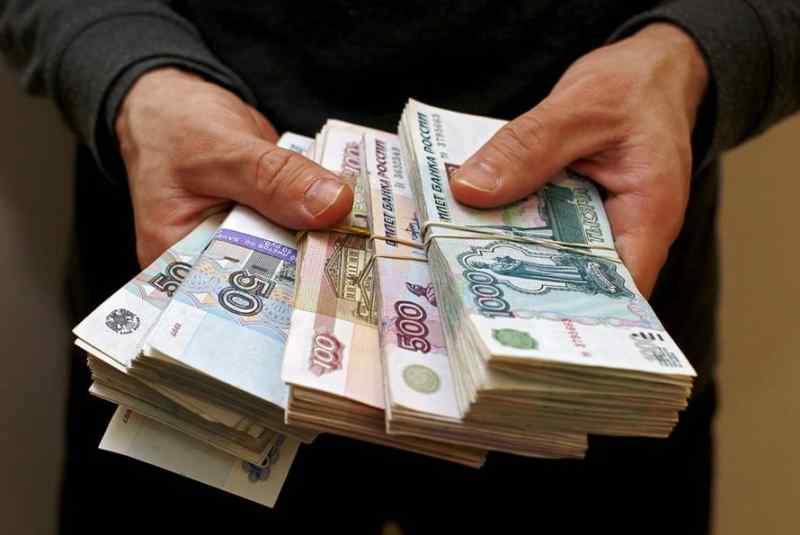 315 тысяч украл «в несколько этапов» юный новосибирец у доверчивого приятеля
