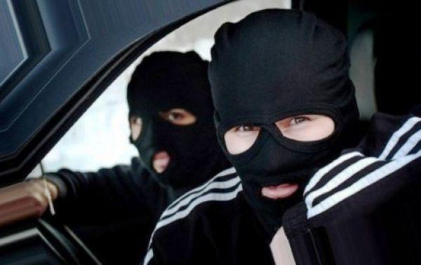 Участника банды, в масках ограбившей АЗС, осудили в Новосибирске