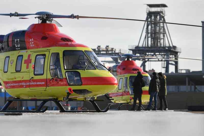 Вертолет вылетел за пострадавшими детьми при пожаре в Карасуке