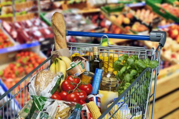 Розничные цены на продукты взял под свой контроль Минсельхоз России