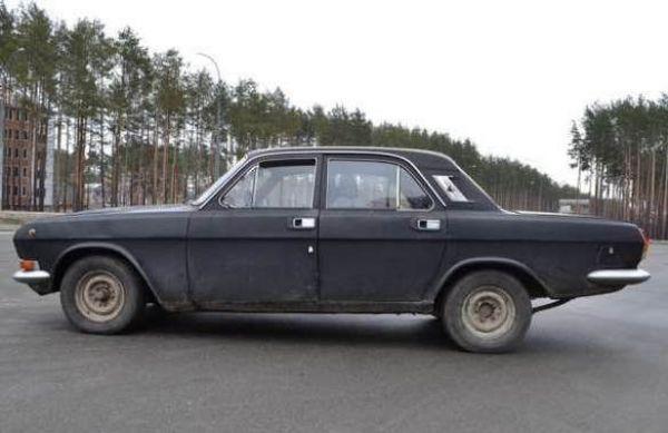 Подростки угнали машину в Иркутске и устроили гонки, пытаясь скрыться от ГИБДД