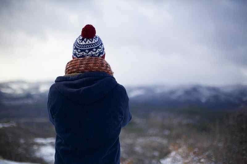 Врач рассказал, как дышать на холоде и что лучше надеть в мороз