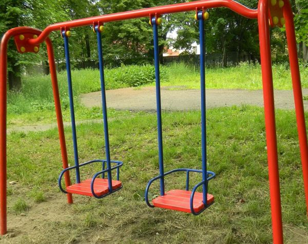 Новосибирцы отсудили у детского сада 200 тысяч рублей за травму позвоночника у ребенка