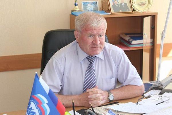 Куйбышевский глава с 17-летним стажем задержан и доставлен в Новосибирск